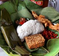 Nasi Jamblang Kuliner Khas Cirebon | City tour Cirebon
