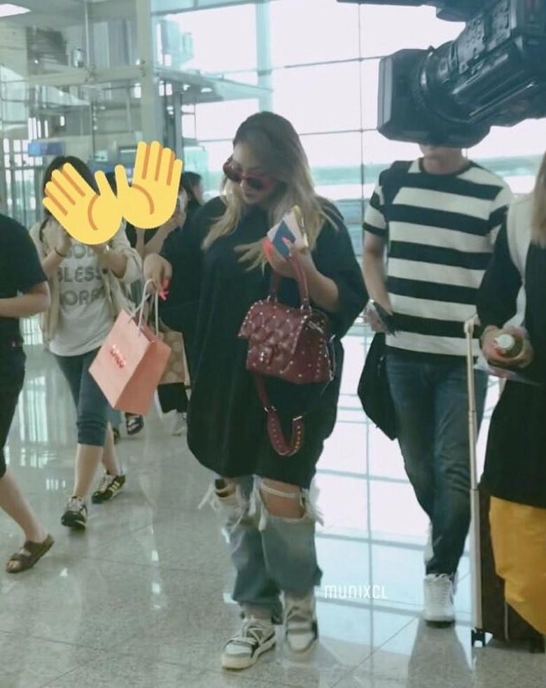 Ini Penampilan CL yang Bikin Heboh