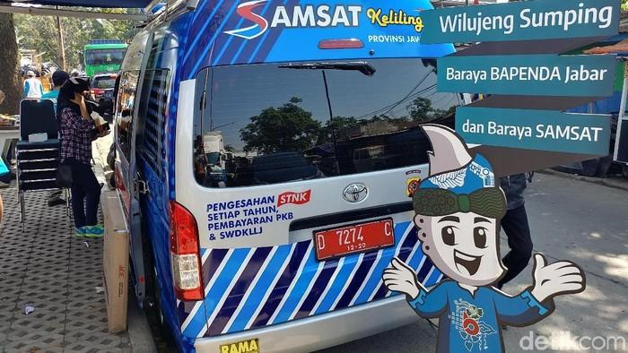Mobil Samsat Keliling di Bandung