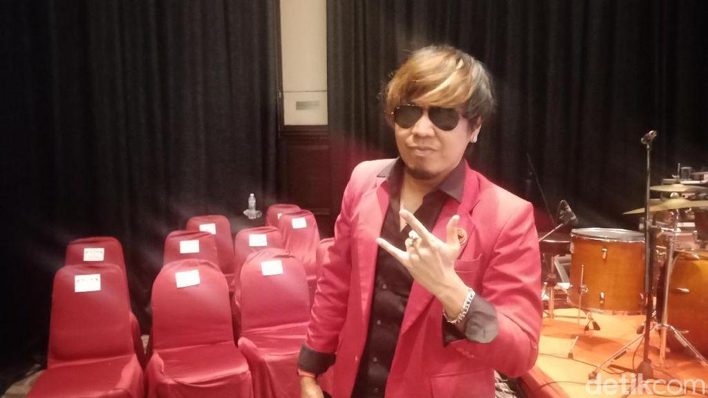 Jadi YouTuber, Ian Kasela Bangga Nge-vlog Bareng Jokowi