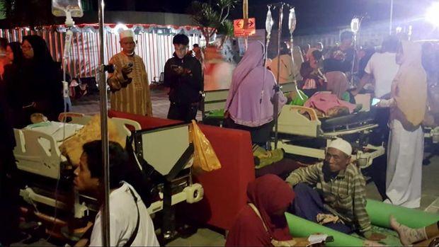 Lombok Diguncang 124 Gempa Susulan Hingga Senin Pagi