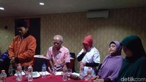 Isak Tangis Pecah di Peringatan 15 Tahun Tragedi Bom JW Marriot