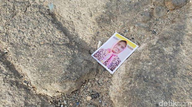 Mitos Sesat dan Foto-foto Bertebaran di Jabal Rahmah