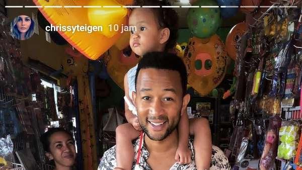 Momen Bahagia John Legend dan Chrissy Teigen Sebelum Gempa Lombok