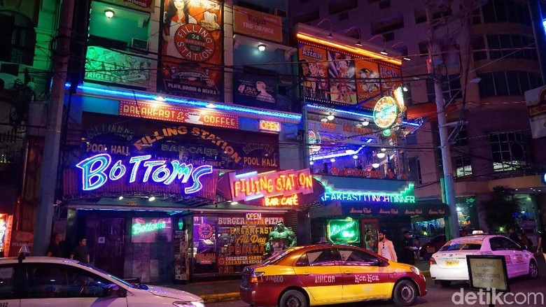 Makati City Light District di Manila (Syanti/detikTravel)