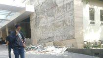 Gempa NTB, Dinding Keramik Hotel Santika Mataram Rontok
