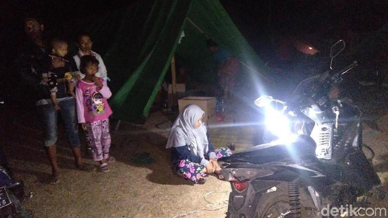 Belum Ada Bantuan, Pengungsi di Bayan Lombok Utara Kekurangan Makanan