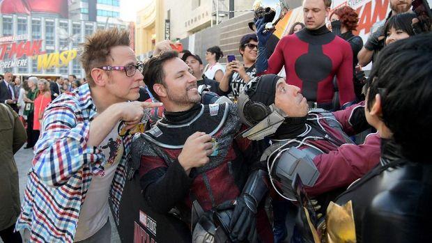 James Gunn Dilirik Studio Besar Pesaing Disney, Apakah Warner Bros?