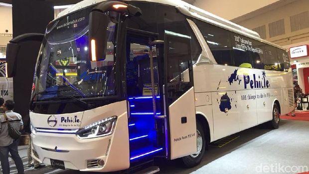 Bus Laksana yang diekspor ke Fiji