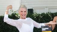 Foto: Gaya Seksi Christie Brinkley yang Masih Seperti ABG di Usia 64