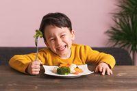 Canggih! Game Pada Smartphone Ini Bikin Anak-anak Mau Makan Sayuran