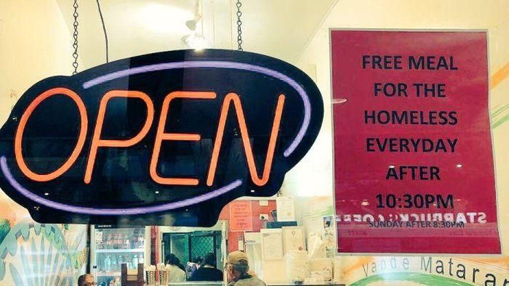 Restoran India di Brisbane Bagikan Makan Untuk Gelandangan Setiap Hari