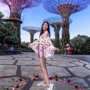 Sosialita Jamie Chua Pakai Skincare & Makeup Senilai Rp 100 Jutaan