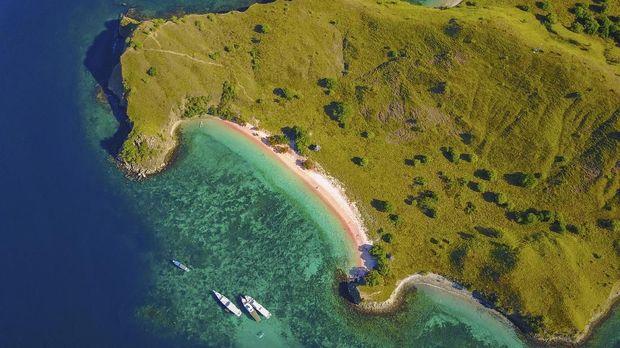 Pantai Pink dan Pantai Bingin Terpilih Sebagai yang Terbaik