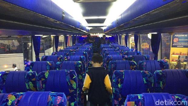 Kursi Laksana Bus