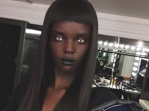 Model Berkulit Hitam Legam Bakal Tampil Perdana di Show Victorias Secret
