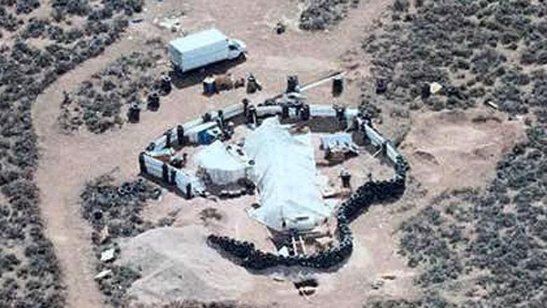 Polisi AS Kaget Temukan 11 Anak Kelaparan di Kamp Jorok