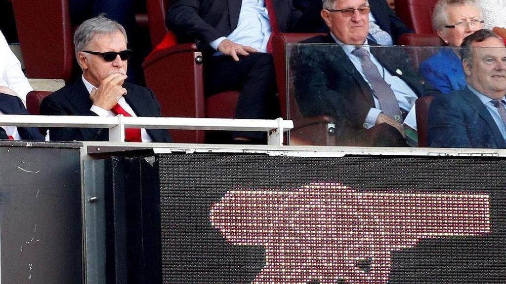 Stan Kroenke Bakal Miliki Arsenal Sepenuhnya