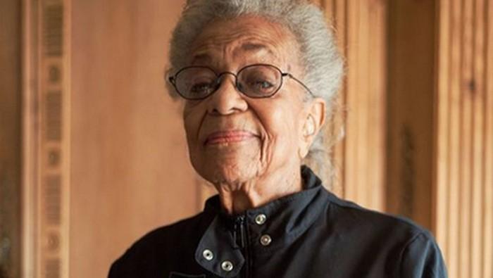 Di usia 102 tahun, Ida Keeling berhasil memecahkan rekor dunia. Foto: Instagram/camerondiaz