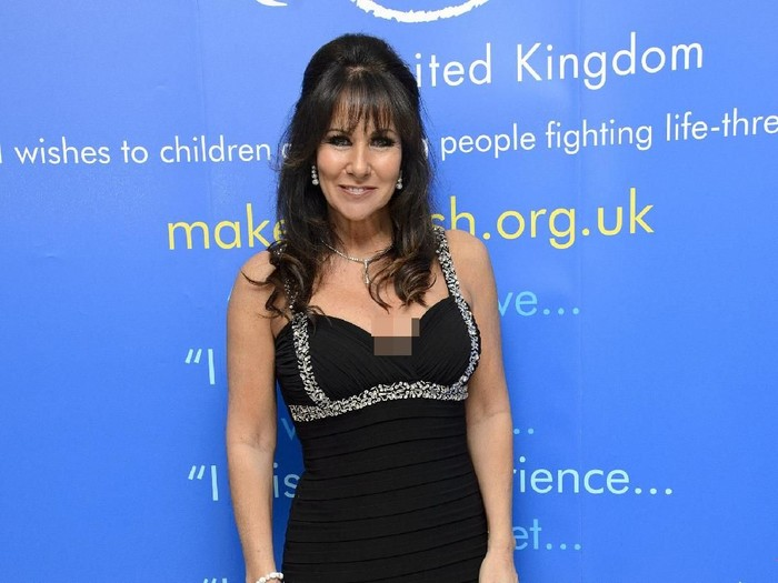 LONDON, ENGLAND - FEBRUARY 05:  Linda Lusardi attends the UK Premiere of
