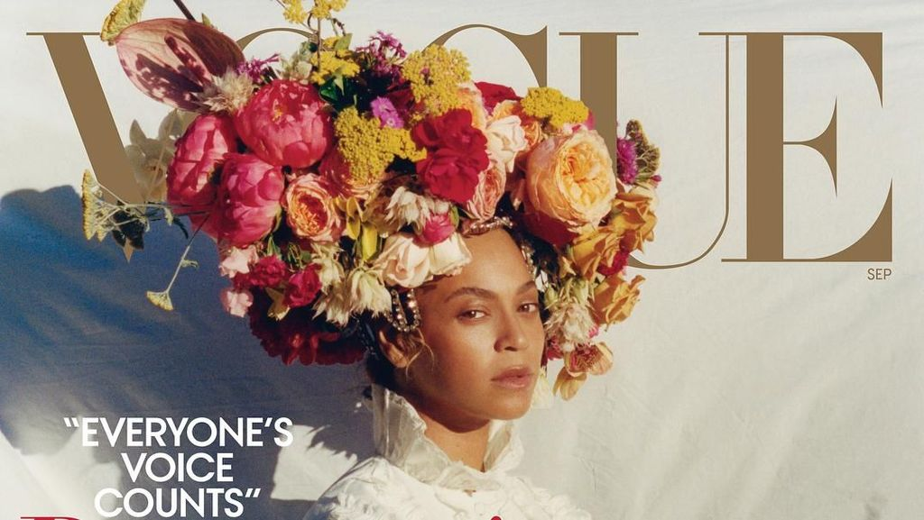 Komedian Mindy Kaling Tiru Pose Beyonce di Vogue, Yay or Nay?