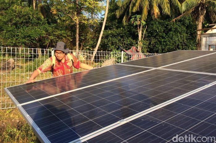 PLTS tersebut dibangun di atas lahan Pemda Provinsi Jawa Tengah dengan kapasitas solar sel sebesar 36 kWp dan daya penyediaan listrik per rumah sebesar 1.500 Wp per hari.