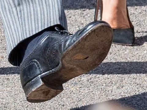 Meghan Markle Selalu Stylish, Pangeran Harry Setia Pakai Sepatu Berlubang
