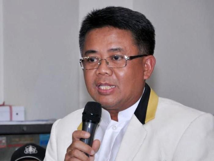 Presiden PKS Sohibul Iman mengumumkan hasil rapat Majelis Syuro di kantor DPP PKS, Jaksel, Selasa (7/8/2018). PKS tetap ingin cawapres yang dipilih adalah Salim Segaf Aljufri atau Ustaz Abdul Somad.
