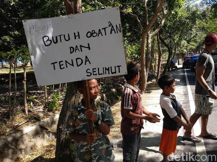 Di Lombok Utara, korban gempa masih membutuhkan bantuan obat dan selimut. (Foto: Widiya Wiyanti/detikHealth)