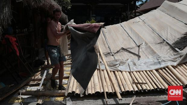 Warga asing yang masih bertahan di Gili Trawangan pasca gempa mengguncang NTB.