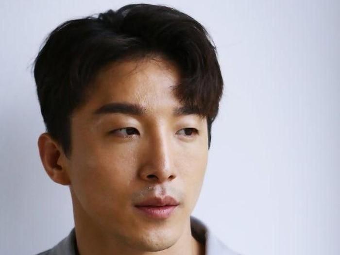 Dong Hyun Bae, kakak kandung Taeyang Big Bang. Foto: Dok. Koreaboo