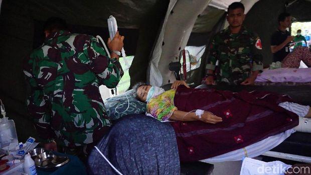 Kondisi salah seorang korban gempa di Lombok Utara.