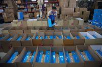Mengejutkan, Ekspor China Rontok 4% Lebih di Desember