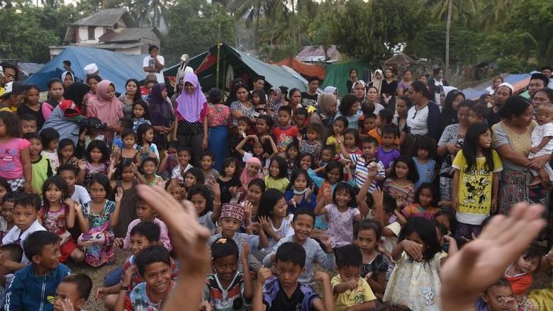 5.000 Warga di Desa Lombok Timur Butuh Bantuan Makanan dan Terpal