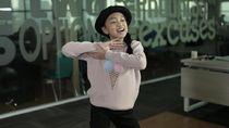 Bawakan Lagu Wake Up Zara Leola Tampil Energik