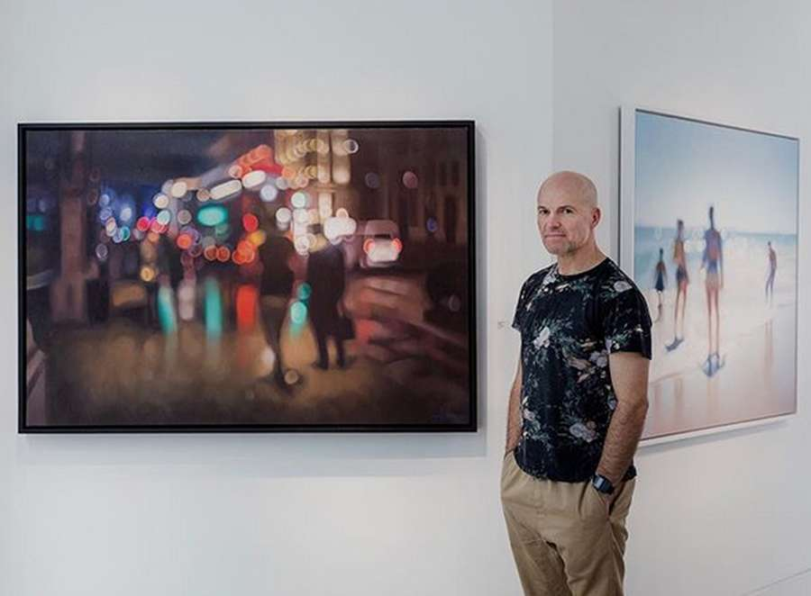 Out of Focus, Lukisan Blur Karya Philip Barlow