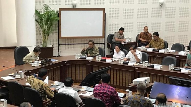 Puan-Wiranto Hadiri Rapat Reformasi Birokrasi di Kantor Wapres