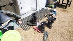 Tenda yang dibuat Batalyon Kesehatan 2 (Yonkes 2) yang difungsikan untuk operasi di Rumah Sakit Lapangan Kecamatan Tanjung, Lombok Utara