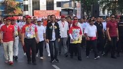 Dua kontestan Pilpres 2019, Joko Widodo dan Sandiaga Uno dikenal memiliki gaya hidup sehat. Yuk diulas satu persatu, barangkali bisa ditiru.