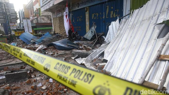 Dampak gempa di Lombok. Foto: Grandyos Zafna