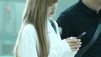 Lisa BLACKPINK sebelumnya berangkat dari bandara Incheon Internatinoal selama 8 jam. Foto: Dok. Instagram/lisa_blackpink
