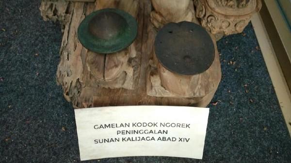 Gamelan Kodok Ngorek salah satu pusaka Sunan Kalijaga menyebarkan agama Islam di Cirebon dan kini disimpan di Museum Keraton Kasepuhan Cirebon (Sudirman Wamad/detikTravel)
