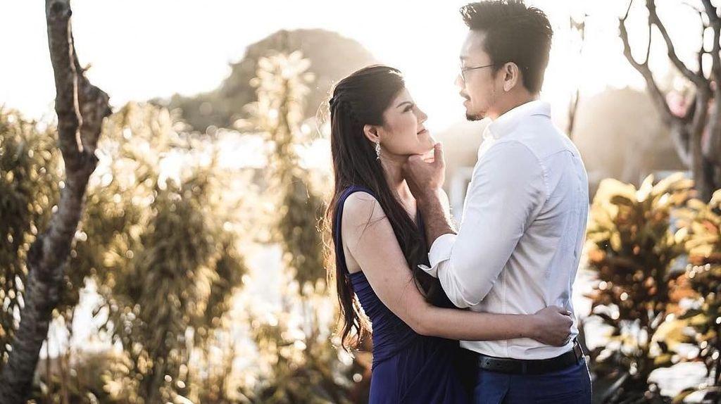6 Kisah Cinta Dita Soedarjo dan Denny Sumargo hingga Berujung Putus