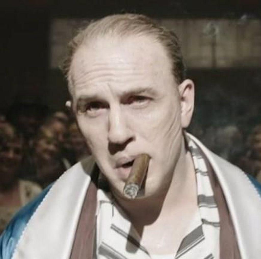 Tom Hardy Tampil Sangar Sebagai Al Capone di Fonzo