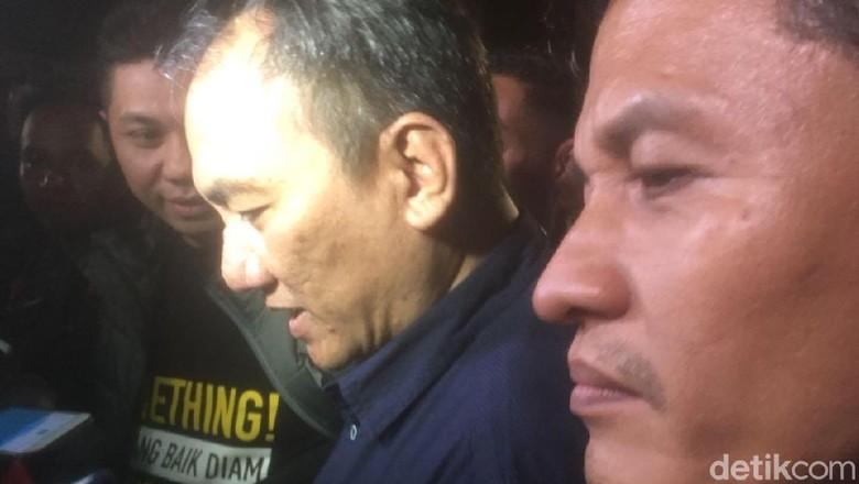 Ungkap Mahar Rp 500 M, Andi Arief Singgung Strategi Kardus Sandiaga