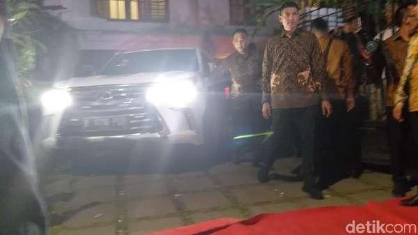 Dari Kertanegara, Prabowo Sambangi SBY
