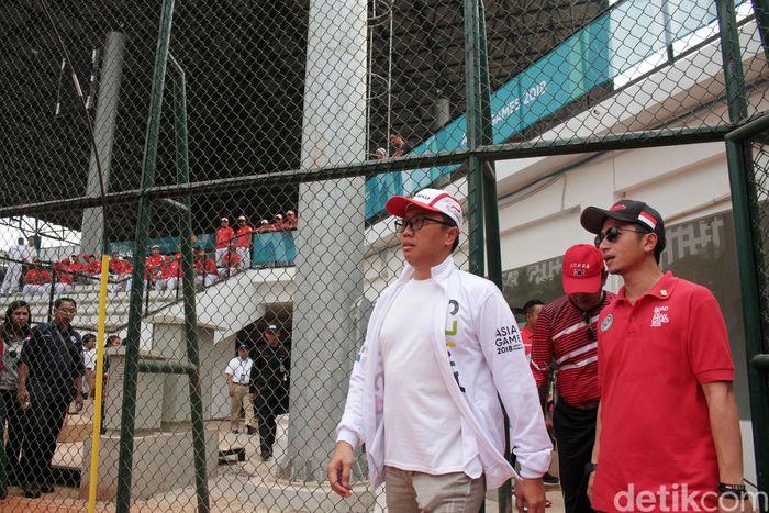 Imam Nahrawi tiba di lapangan sofboldi GBK, Senayan, Jakarta, Kamis (9/8/2018) pukul 11.50 WIB.