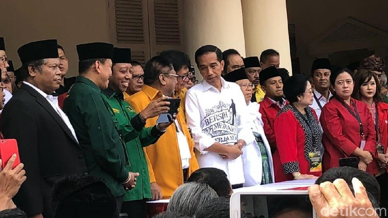 Banyak Menteri Antar Jokowi Daftar Capres, Istana: Sebagai Individu