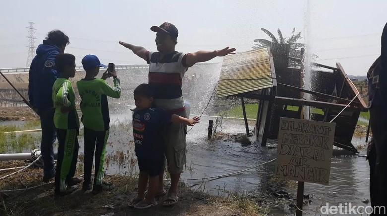 Semburan Air di Ngawi Ibarat Hujan Lebih Awal Bagi Petani
