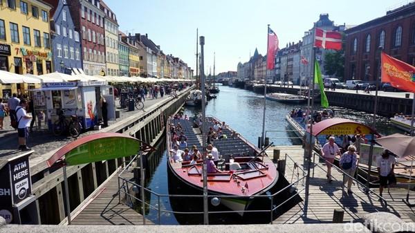 Kopenhagen, Denmark di peringkat ke-9. Budaya dan lingkungan, yang memiliki bobot 25% dari total nilai. Cakupannya termasuk tingkat korupsi, kelembapan dan suhu, penyensoran, makanan dan minuman, dan banyak lagi (Foto: AN Uyung Pramudiarja/detikTravel)